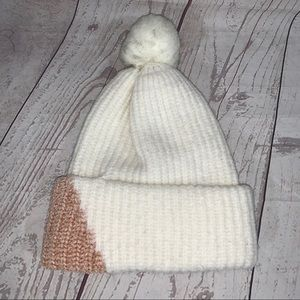 A New Day color block beanie/hat EUC